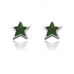Aretes tipo topo en forma de estrella color verde